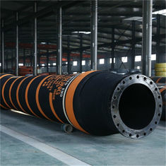 China NBR Rubber Tanker Rail Hose , Offshore Marine Floating Hoses Oil Resistant factory
